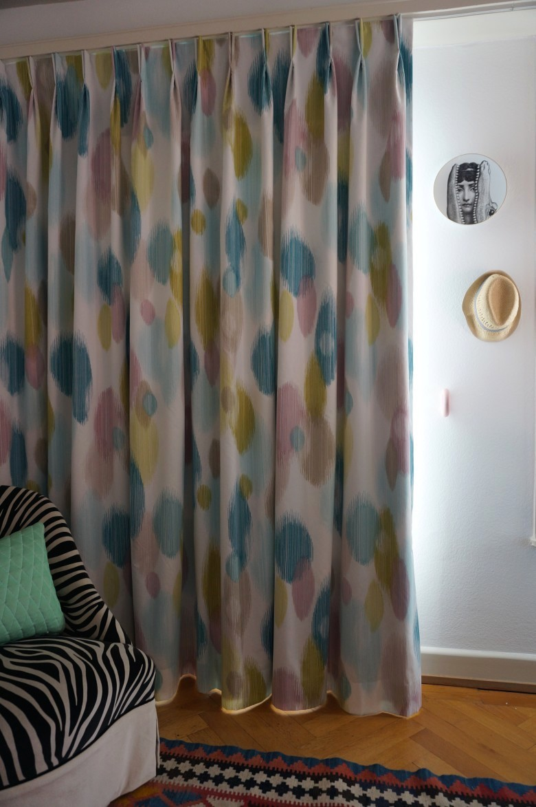 vladimir boson rideaux. Black Bedroom Furniture Sets. Home Design Ideas